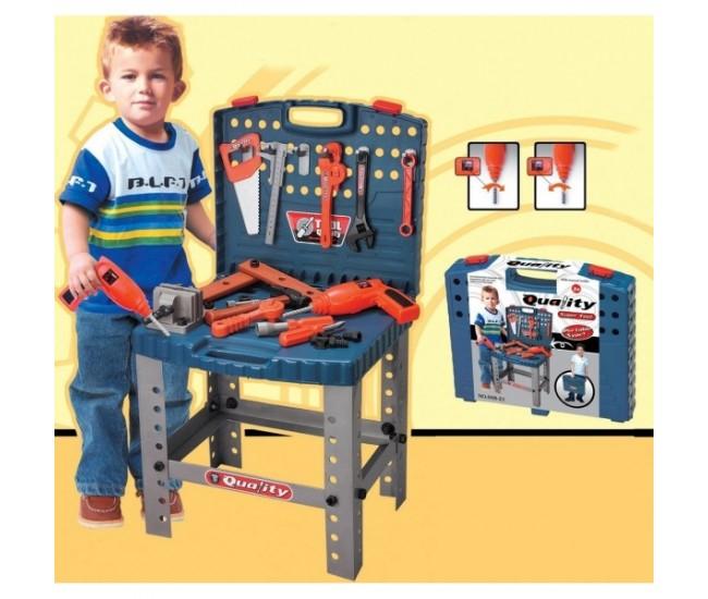 Banc de scule copii cu bormasina electrica de jucarie si o multime de accesorii