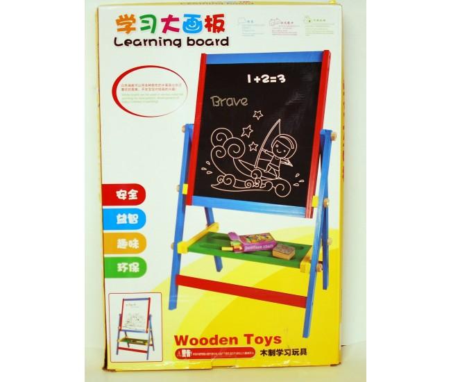 Tabla lemn pentru desenat - o jucarie creativa pentru dezvoltarea capacitatilor