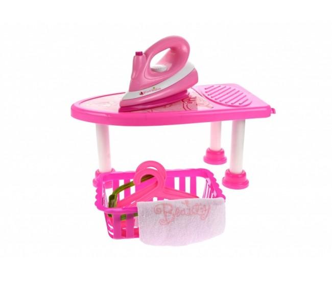 Set pentru fetite - masa si fier de calcat de jucarie cu sunete si lumini - 93835